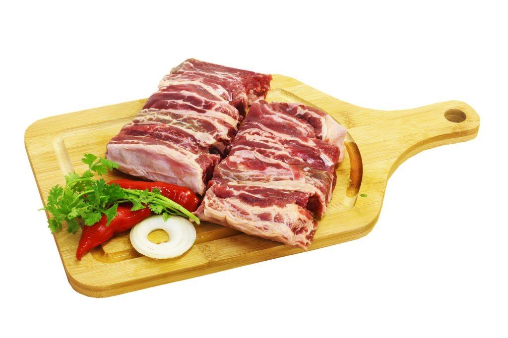 โปรตีนจากสัตว์ทุกชนิดหากทานมากเกินไปจะเพิ่มความเสี่ยงของกสารเกิดโรคกระดูกพรุนในระยะยาว