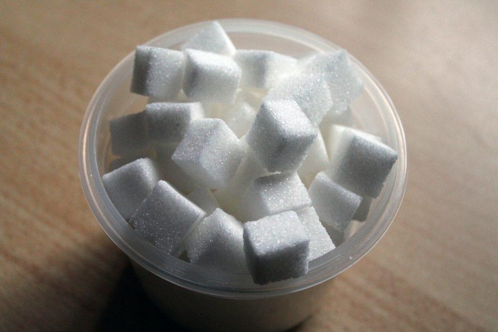 อาหารที่มีรสหวานทุกชนิดมีส่วนผสมของน้ำตาล